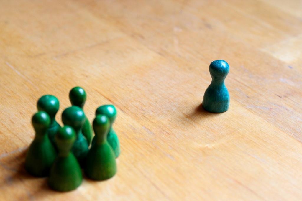 play-figures-4541731_1920.jpg
